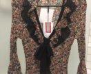 Новая блузка с бантом  и воланами. S.