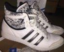 Кожаные кроссовки Adidas оригинал