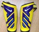 Щитки футбольные Nike