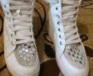 Белые ботиночки