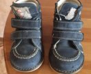 Ботинки на мальчика на весну