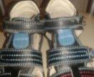 Продам сандали на мальчика р. 26
