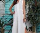 Белое платье в пол из льна
