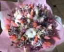 Очень милый и нежный букет из сухоцветов и лаванды