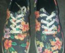 Женские слипы на шнурках