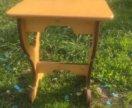 Стол и 6 табуреток