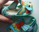 Легкие сандалики на лето