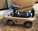 Машинка Mercedes-Benz со звуковым рулем
