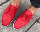 Новые мягкие на шнуровке