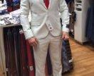 Продаю новый костюм