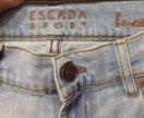 Джинсы Escada