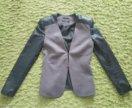 Стильный пиджак приталенный