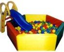 Сухой бассейн шестигранный с горкой и шарами
