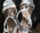 Босоножки белые женские 38 р, новые, США