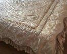 Комплект в спальню: одеяла, шторы, гардины и тд
