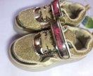 Блестящие детские светящиеся кроссовки