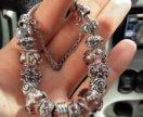 Женский браслет с шармами