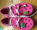 Crocs розовые со значками