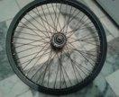 Колесо на велосипед BMX.
