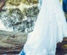 Красивое свадебное платье со шлейфом +🎁