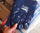 Перчатки из нитрильного латекса