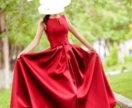 Вечернее платье из атласа