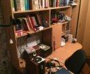 Письменный стол , очень вместительный) самовывоз.