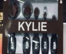 Кисти для нанесения тона Kylie