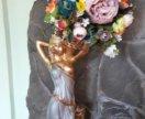 Статуэтка с цветами