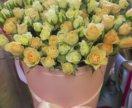 Кустовые розы в шляпной коробке спб