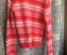 Красный свитер новогодний похож на винтажный