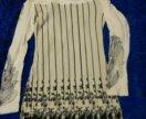 Нарядное трикотажное платье с широким воротом