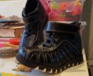 Новые ботинки 24 размер