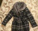 Зимнее пальто с мехом натуральным