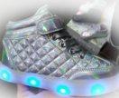 Светящиеся кроссовки (детские перламутр)