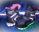 Светящиеся кроссовки +зима