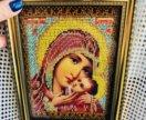 Икона из бисера ручной работы Богородица