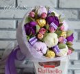 Букет из конфет с тюльпанами
