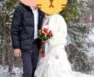 Шубка белая покупалась на свадьбу- одета один раз-