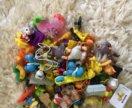 Пакет классных киндер игрушек