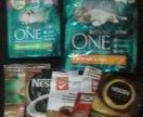 Пакеты с застёжкой от сухого корма и кофе.