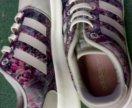 Кроссовки женские Adidas. Оригинал.