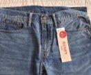 Летние легкие джинсы Levi's Slim Fit 32/32 новые