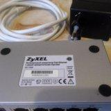 Коммутатор zyxel es-105a. Фото 3.