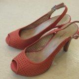 Туфли, босоножки кожаные на каблуке. Фото 1. Воронеж.