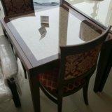 Стол из бука со стеклом. Фото 3.