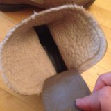 Осенняя обувь размер 38 маломерка,подходит на  37. Фото 2.