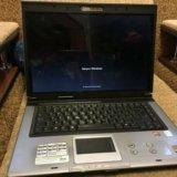 Ноутбук asus. Фото 1.