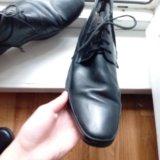Продам две пары мужской обуви. Фото 2.