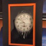 Часы кварцевые. Фото 1.